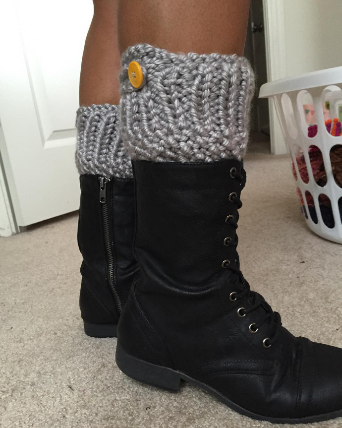 Loom knitted boot cuffs by @bombshell_bby