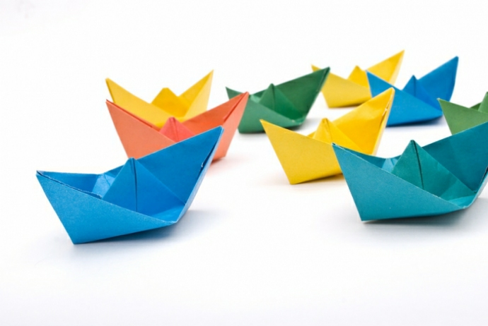 http://www.tuteate.com/wp-content/uploads/2016/02/barcos-papel-origami.jpg