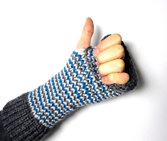 thumb up me gusta like mittens fingerless gloves miton guante sin dedos