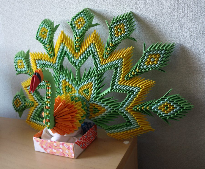 Pavo real de papel origami 3D