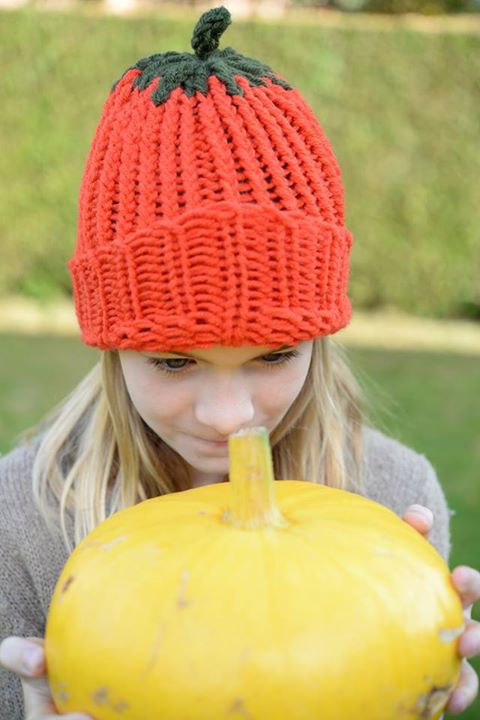 Loom knitted pumpkin hat by Nathalie A